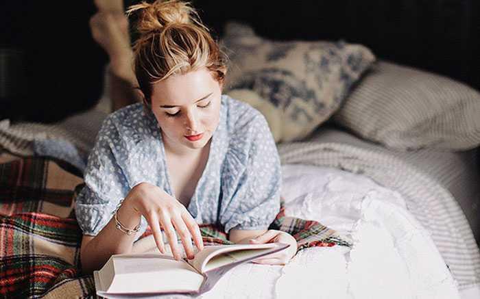 Dành thời gian đọc sách sẽ giúp bạn mở rộng kiến thức