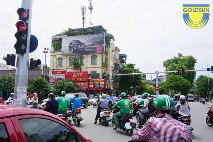 Biển quảng cáo hông tường tại tp HCM