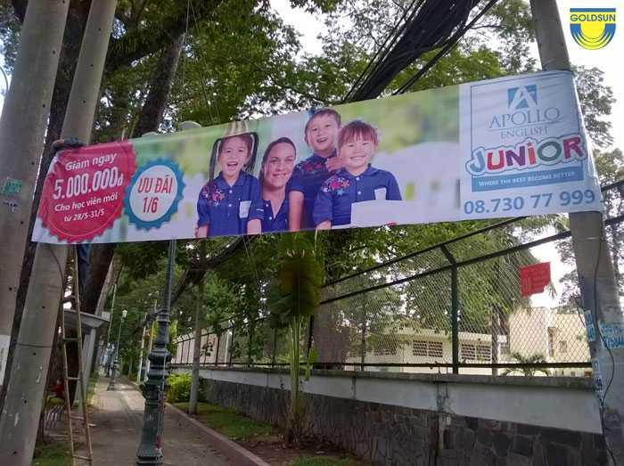Quảng cáo banner ngoài trời
