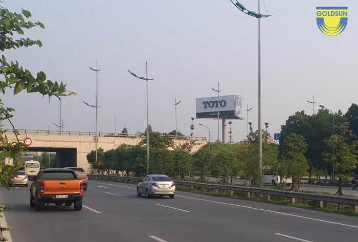 Biển quảng cáo thương hiệu TOTO