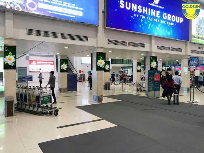 Màn hình quảng cáo tại khu check in khách vip của VietNam Airlines - Sân bay Tân Sơn Nhất.