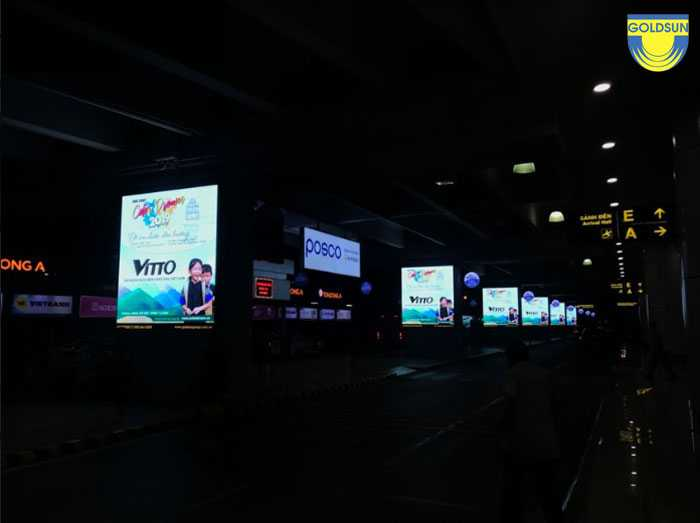 Biển hộp đèn tại sân bay