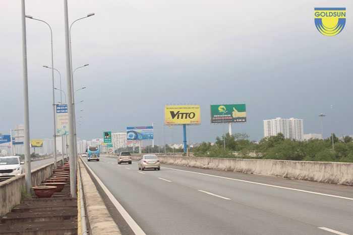 Biển quảng cáo trên cao tốc Long Thành - Dầu Giây mã vị trí SG60024