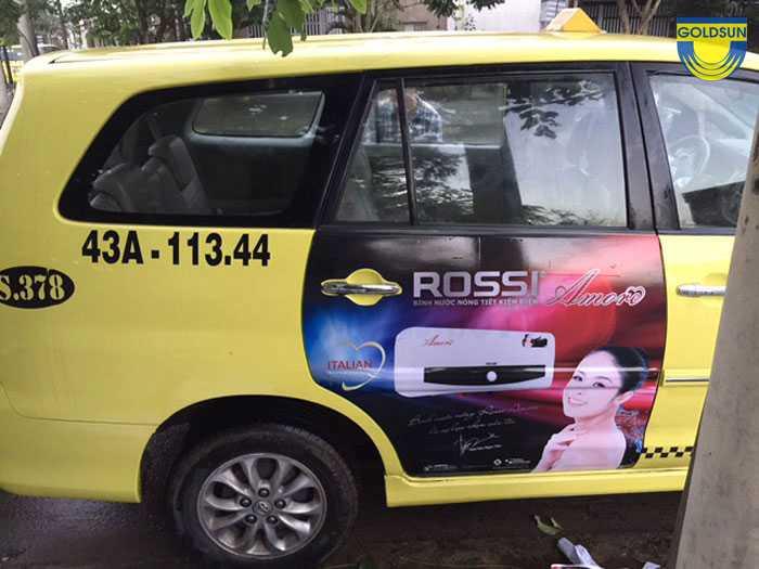Quảng cáo dán decal của xe taxi Tiên Sa