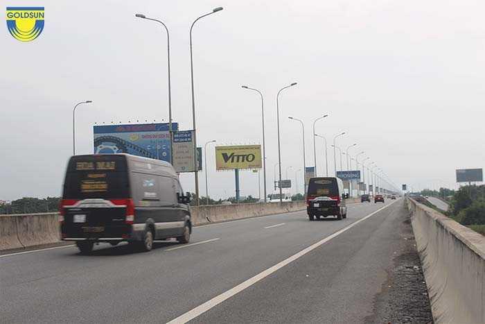 Các Pano quảng cáo tại quốc lộ cần tuân thủ theo đúng quy định của pháp luật