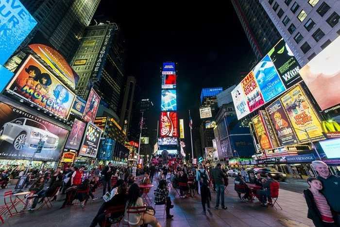 Quảng cáo ở Quảng trường Thời đại, ước mơ khẳng định vị thế của các thương hiệu