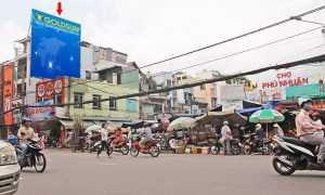 Quảng cáo billboard tại 121 Phan Đình Phùng (chợ Phú Nhuận), tp HCM