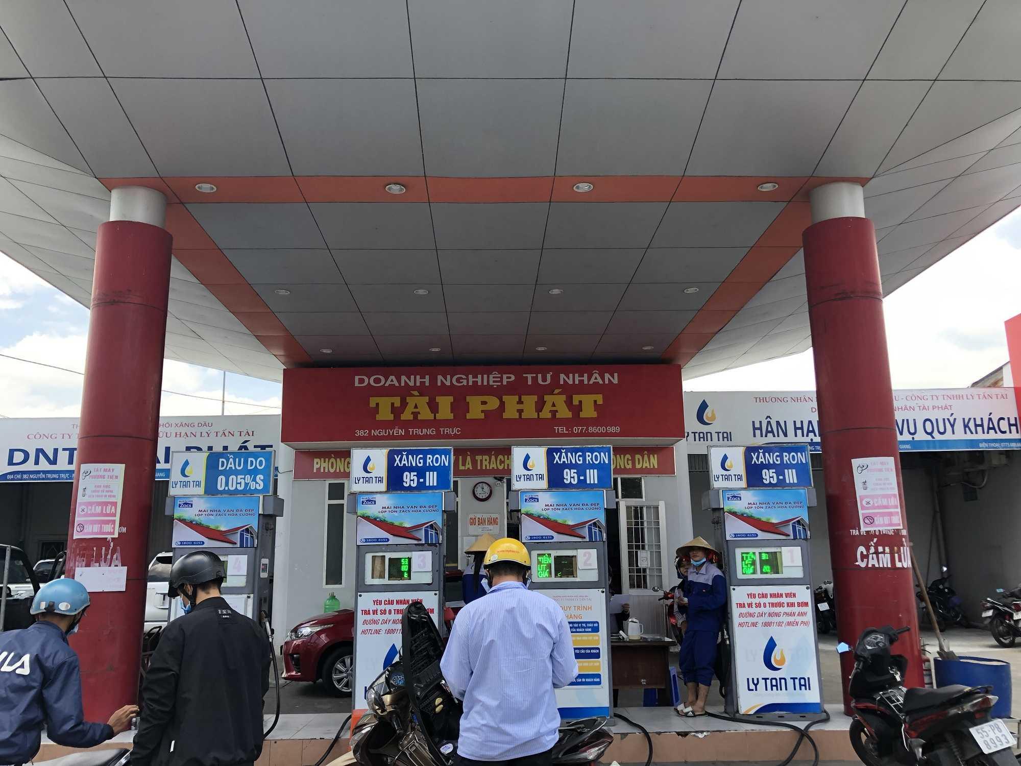 Quảng cáo CHXD Tài Phát 382 Nguyễn Trung Trực, Phường Vĩnh Lạc, Rạch Giá, Kiên Giang