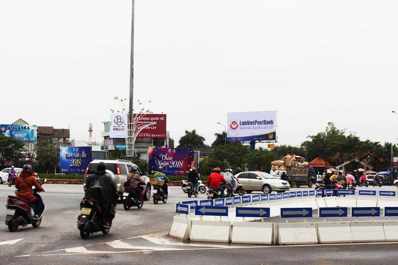 Billboard quảng cáo S5 - Lối ra vào sân bay quốc tế Đà Nẵng, Đà Nẵng
