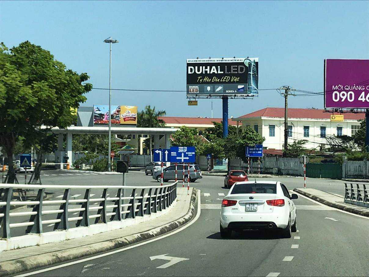 Billboard quảng cáo S9 - Lối ra vào sân bay quốc tế Đà Nẵng, Đà Nẵng