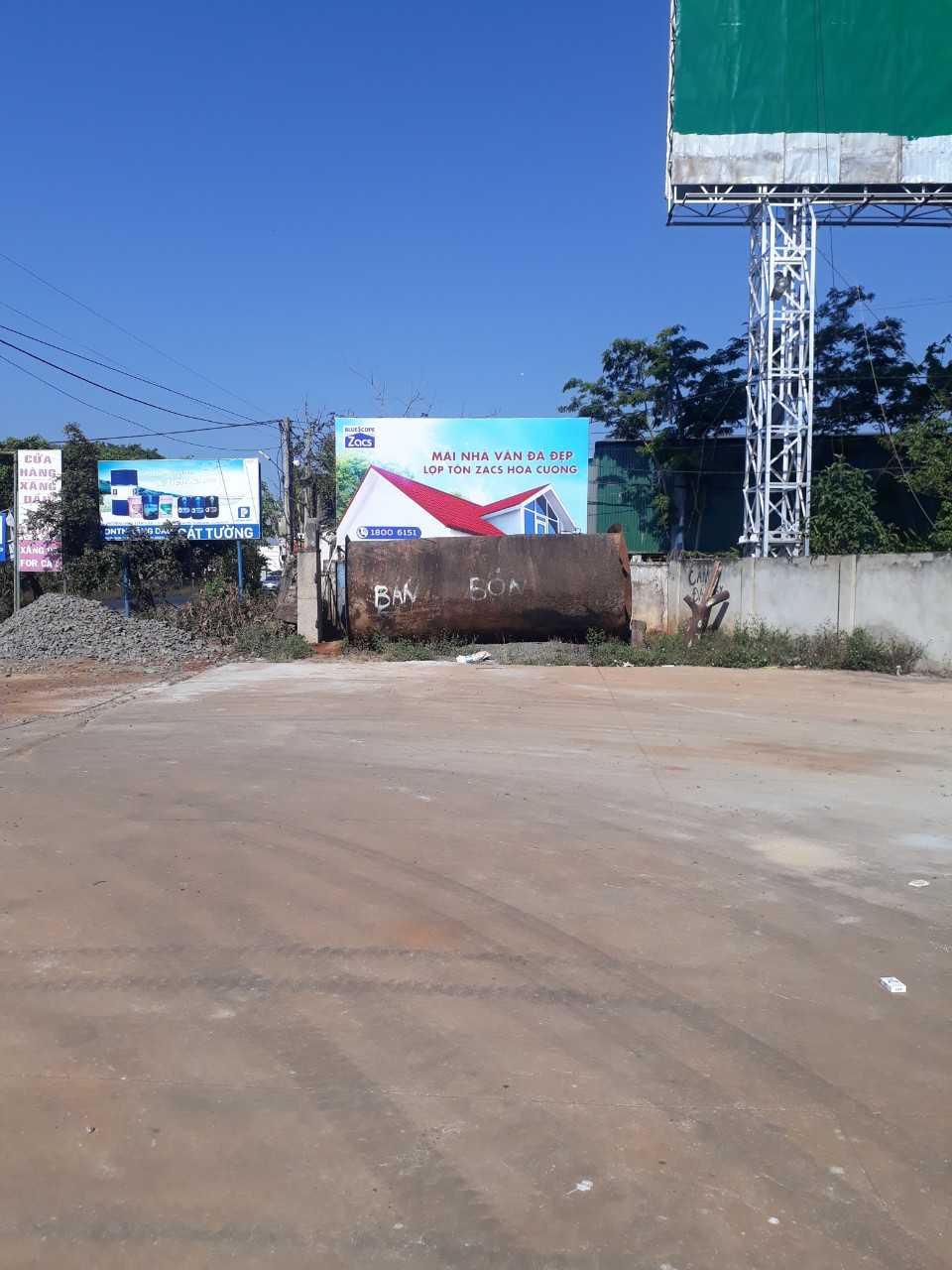 Quảng cáo CHXD Cát Tường, thị trấn Phước An, huyện Krông Pắc, Đắk Lắk - 1 biển trụ nhỏ