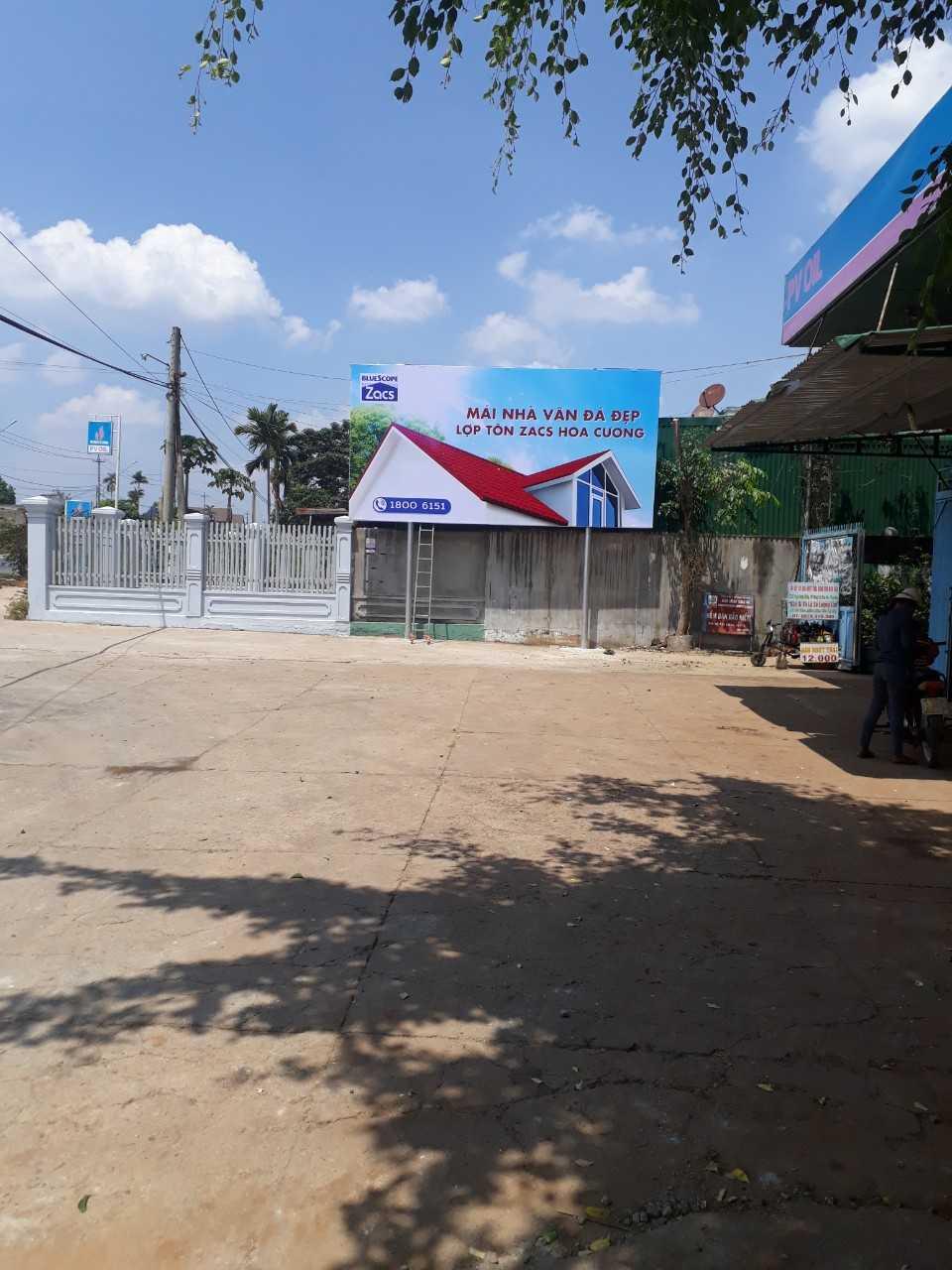 Quảng cáo CHXD Tháng Mười, thị trấn Phước An, huyện Krông Pắc, Đắk Lắk - Biển trụ nhỏ