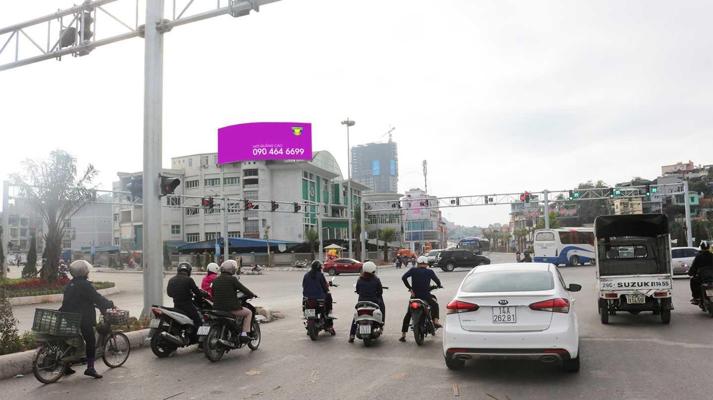 Quảng cáo VT1, chợ Hạ Long 2, Tp. Hạ Long, Quảng Ninh (Ngã tư Loong Tòng 1)