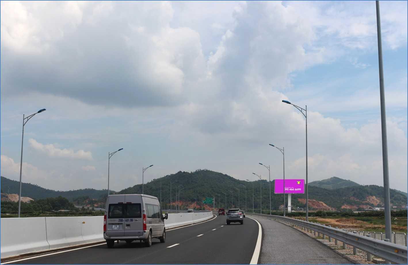 Quảng cáo HL48 - Quốc lộ 18, Tp.Hạ Long, Quảng Ninh
