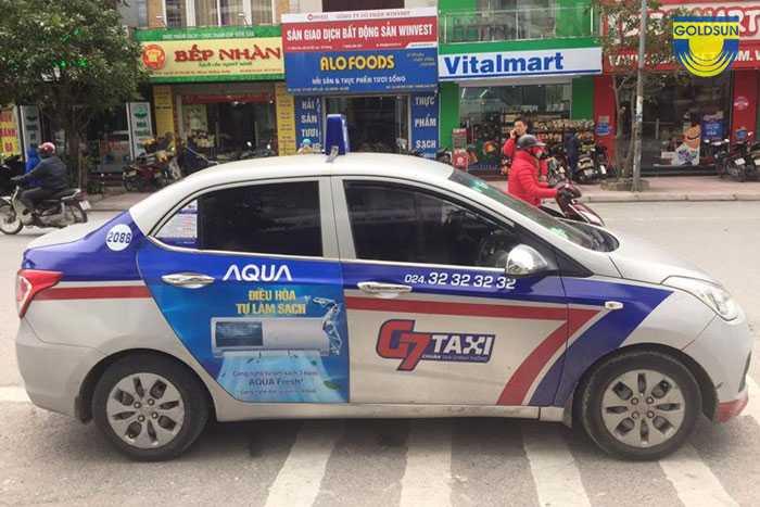 Quảng cáo của điện máy Aqua trên taxi G7