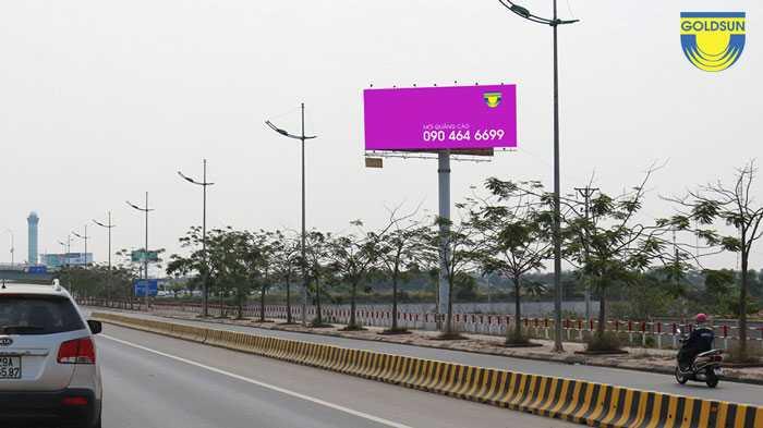 Biển quảng cáo trên cao tốc Thăng Long Nội Bài