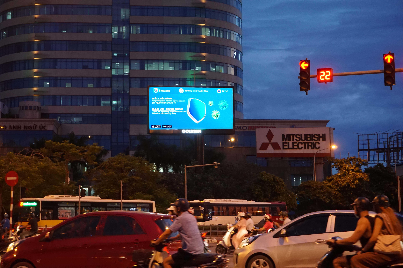 Quảng cáo Màn hình LED - Ngã tư Kim Liên - Đống Đa - Hà Nội