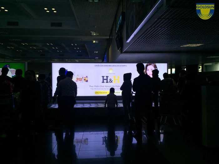 Hộp đèn băng chuyền 4 cánh A sân bay Nội Bài