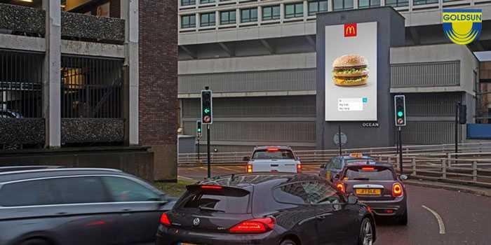 Quảng cáo của thương hiệu KFC