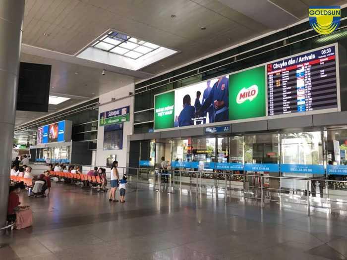 Quảng cáo màn hình LCD xuất hiện hầu hết các vị trí đẹp tại sân bay