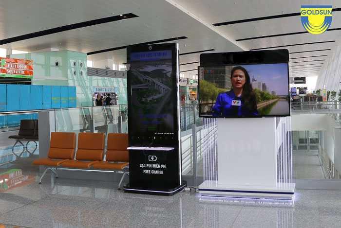 Điểm sạc pin miễn phí ở sân bay là vị trí quảng cáo lý tưởng