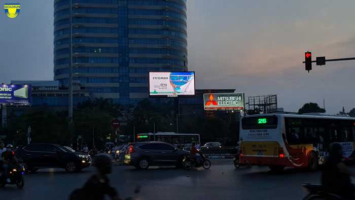 Đơn vị thi công phải đảm bảo được biển quảng cáo ngoài trời đủ thông tin, thu hút mọi ánh nhìn và có độ bền cao