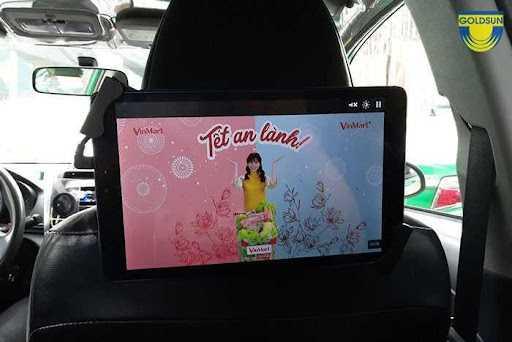 Quảng cáo sau lưng ghế bên trong taxi (LCD hoặc tờ rơi)